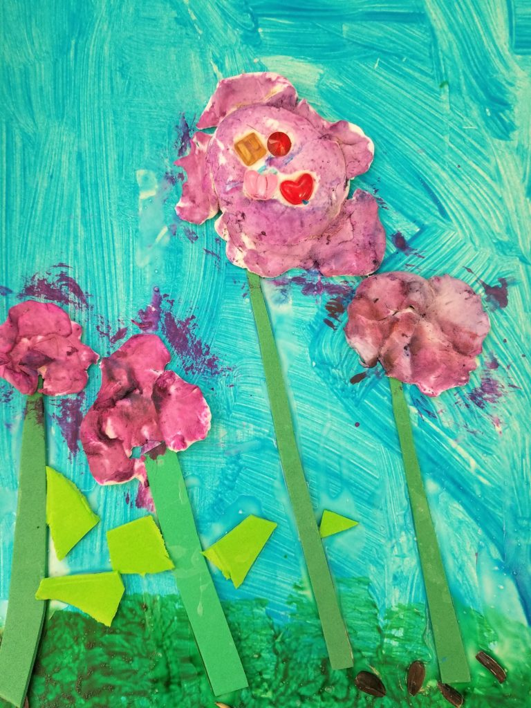 Create 3D paintings with model magic flowers